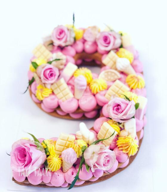 koektaart breda bestellen workshop roze taart numbercake