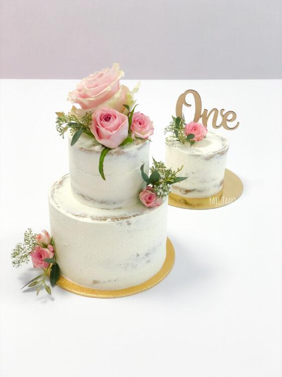 Rosy Cheeks cake Breda naked nude taart rozen bloemen verlovingstaart handvraging bruiloft bruidstaart