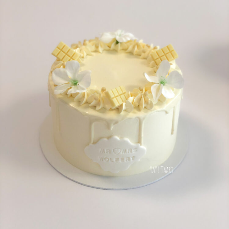 bruidstaart handvraging verlovingstaart breda witte taart dripcake oosterhout zevenbergen made roosendaal etten-leur tilburg