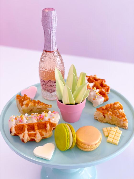 moederdag sweets sweetbox cupcakes macarons wafels appeltaart breda roosendaal etten-leur oosterhout